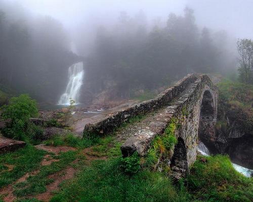 Jembatan-tua